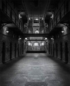 Les Amis du Monde Diplo - La prison par les prisonniers - Jeudi 25 octobre - 19h @ La Belle Étoile | Saint-Denis | Île-de-France | France