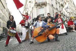 Cabaret-LegitimeColere2-Julien-Cassagne-2005